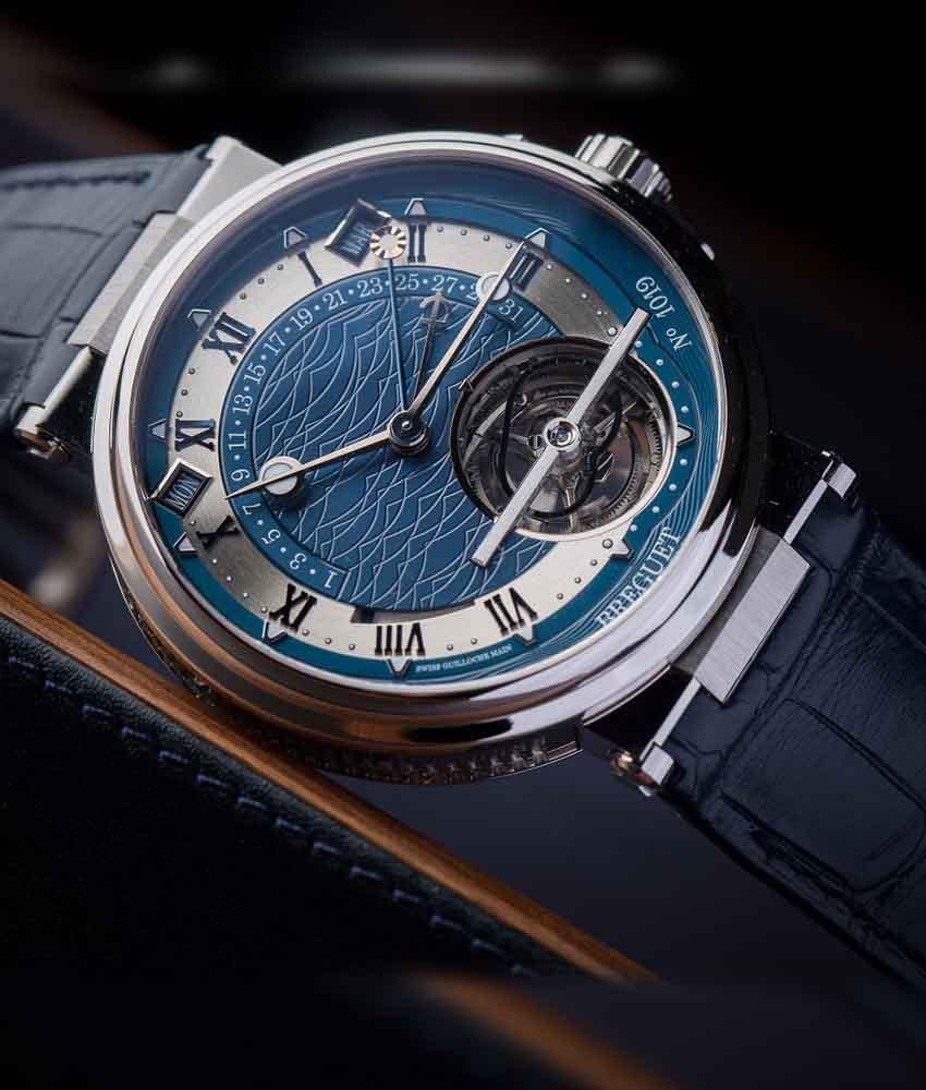 breguet orgullo relojero presenta el marine equation 5887|esferas con decoración en guilloché de plata o de oro|el acanalado del canto
