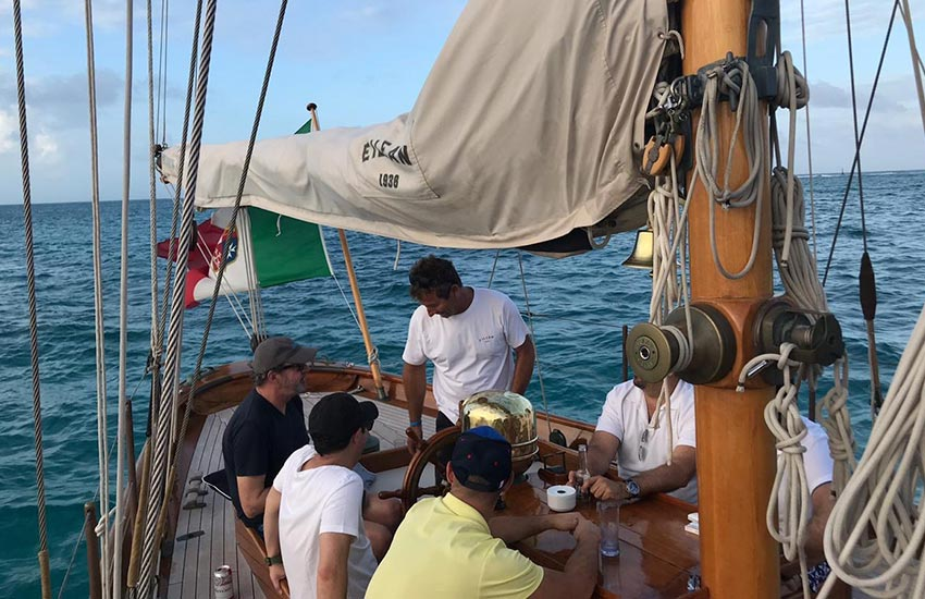 el velero representante de la regatta panerai classic yacht challenge|eilean