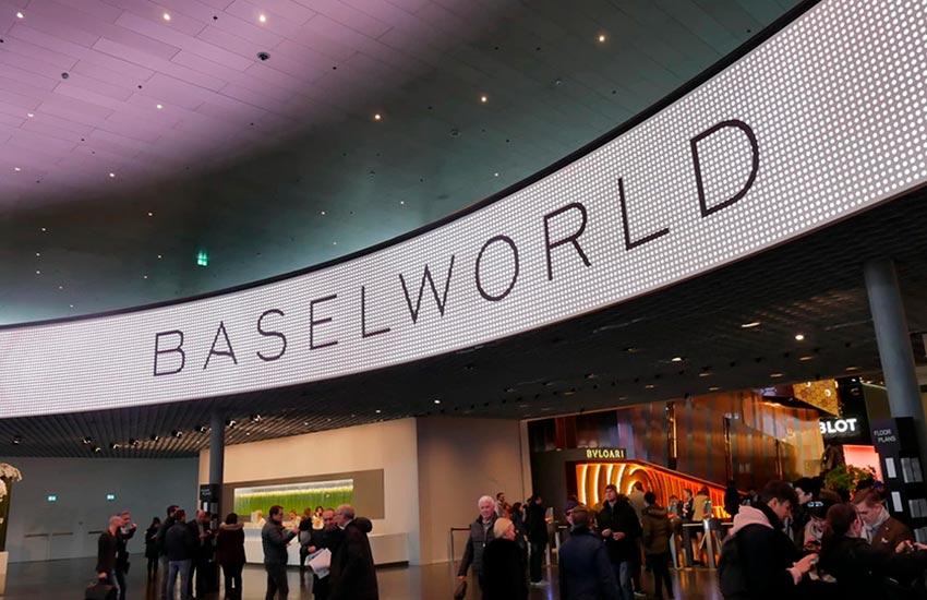las novedades que veremos en baselworld 2019|bell & ross br 03 92 b1 compass|breitling premier bentley centenary limited edition|zenith pilot type 20 extra special silver|los nuevos lanzamientos en baselworld 2019