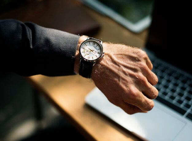 luxury watch|luxury watch materials|luxury watch mechanism|luxury watchmaker
