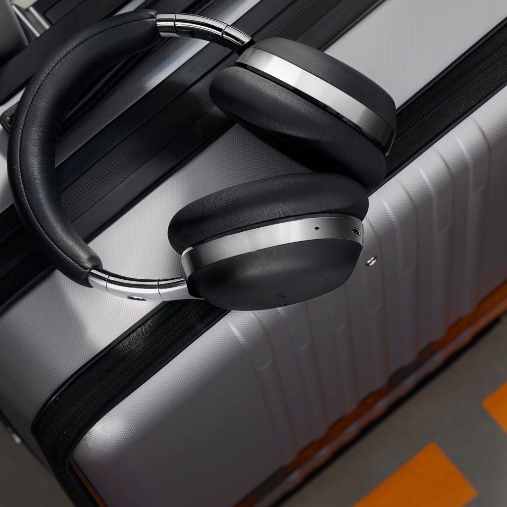 montblanc audífonos mb01