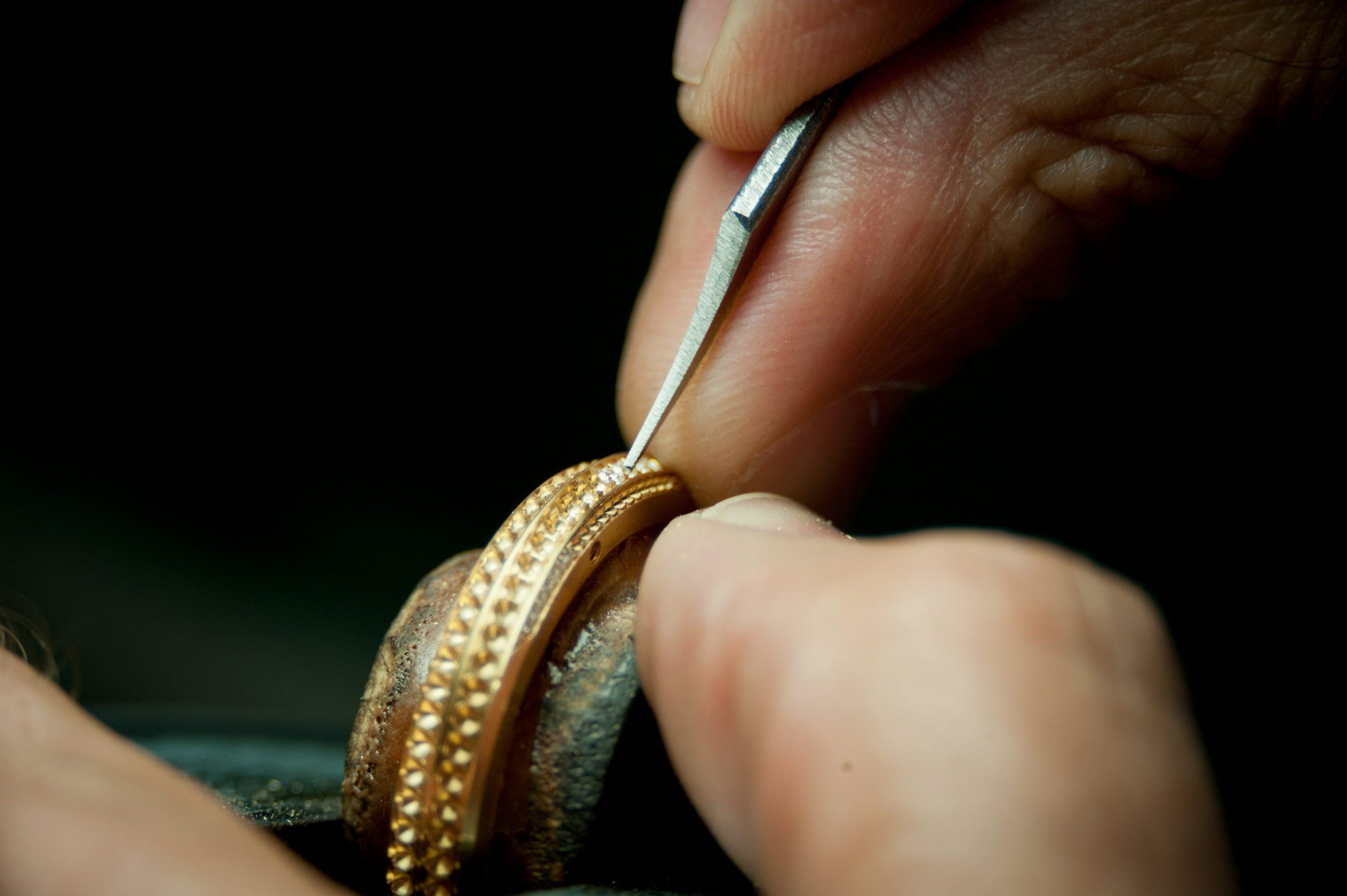 patek philippe gem setting