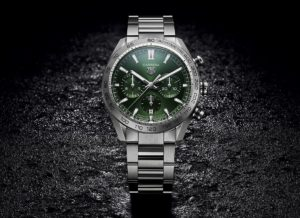 tag heuer carrera chronograph heuer 02 green hero