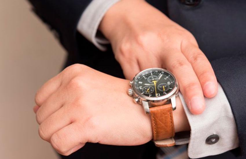 top 5 relojes suizos iwc da vinci perpetual calendar relojes suizos piaget altiplano relojes suizos ulysse nardin marine tourbillon relojes suizos blancpain fifty fathoms relojes suizos hublot big bang ferrari relojes suizos