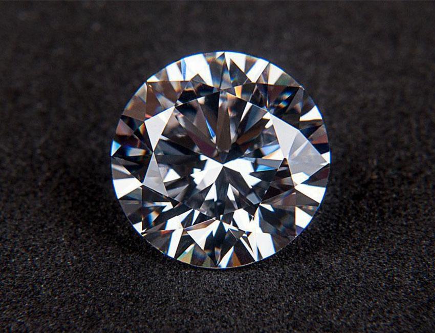diamanes de calidad ultrajewels como descubrir si tu diamante es real o es solo una pesima imitacion